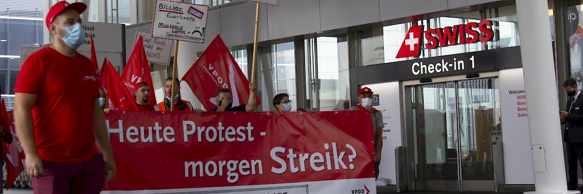 Viel Solidarität an der Protestversammlung «Gemeinsam gegen Lohnabbau»